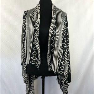Maddison Aztec Long sleeves hi low open cardigan L